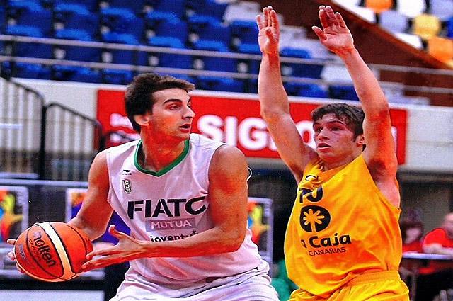David Carbonell, ficha por el Bàsquet Menorca