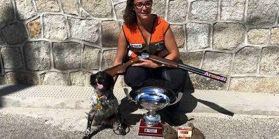 Xisca Capo de la sociedad de cazadores de Alaior campeona de Espana de caza