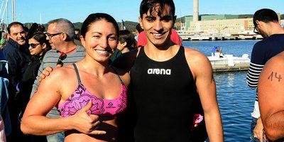 Travesia a nado puerto de Maó-Joshua Torres y Júlia Rita