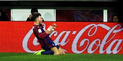 Sergi Enrich celebrando un gol ante el Málaga