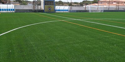 Futbol-Nou césped Camp Es Castell