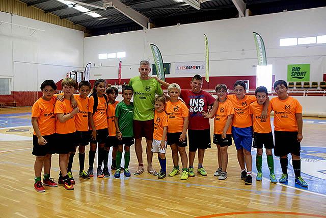 Miguelín visita el FS Atletico Mercadal_KH