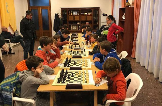 Ajedrez-Simultànies d'esDia de ses Illes Balears