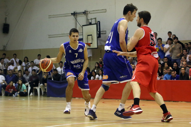 Bàsquet Menorca-Vic