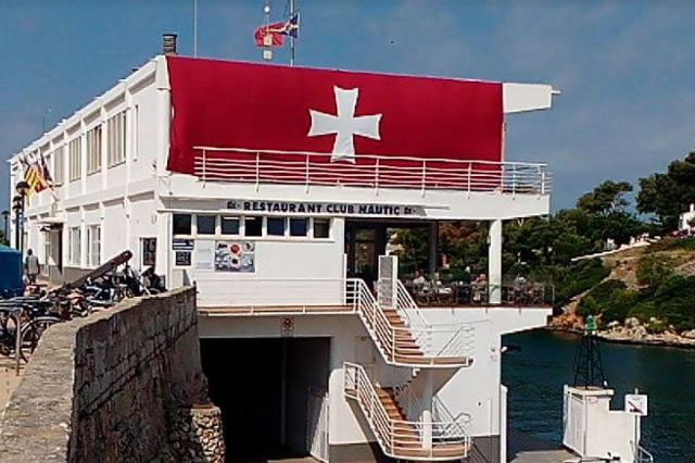 Es Nautic- Bandera Sant Joan