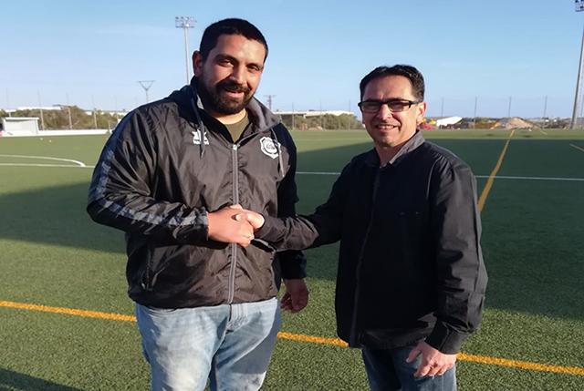Víctor Ferrando renueva por el Sporting de Mahón