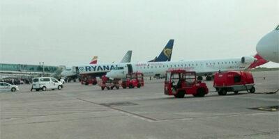 Avions Aeroport