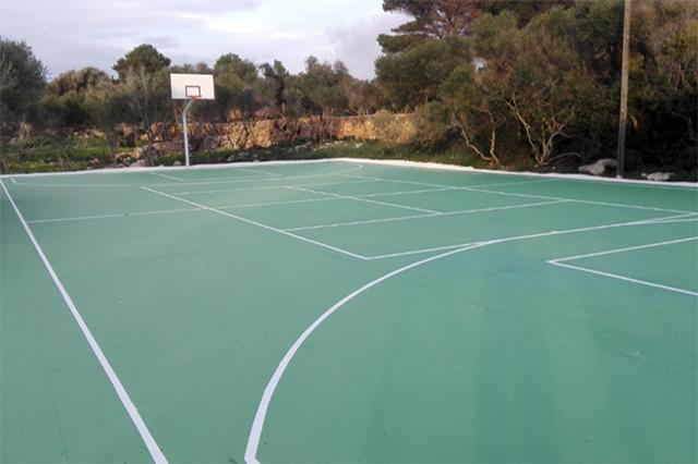 Pista basquet Biniparratx
