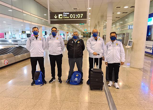 Staff tecnic AT Villacarlos i president en el Aeropuerto