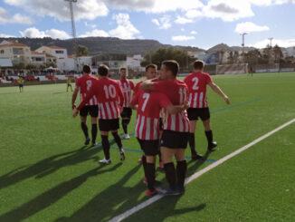 Mercadal celebrando un gol