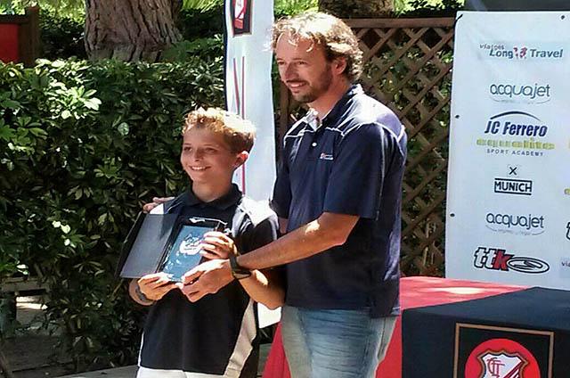 Felipe Virgili en la entrega de trofeos